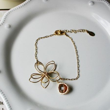 Rebecca FBSGBT Flower Wire Bracelet - Gold-Brown Topaz