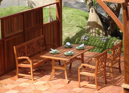 Vifah VIFAH.187SET1 Atlantic Dining Set - 1 Rectangular Table  2 Arm Chairs  1 Bench