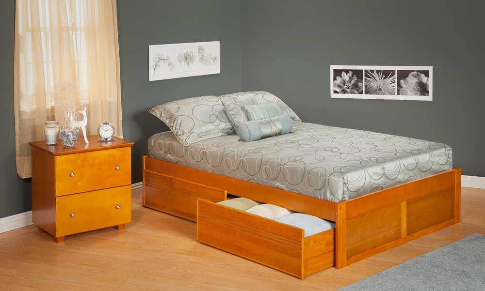 Urban Concord Queen Size with a Flat Panel Foot Board and Urban Bed Drawers in a Caramel Latte Finish