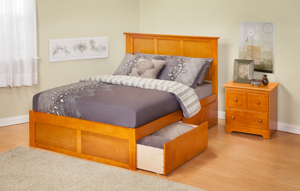 Atlantic Furniture AR8642117 Madison Queen Bed with Flat Panel Footboard and Urban Bed Drawers in a Caramel Latte Finish