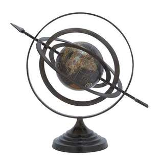 Woodland Import 28354 Metal Globe with Beautiful Stable Design & Stable Base