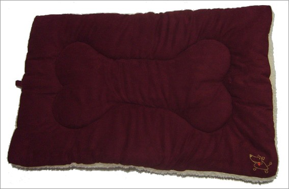 Best Pet Supplies MT861L Pet Crate Mat in Burgundy Faux Suede - Large