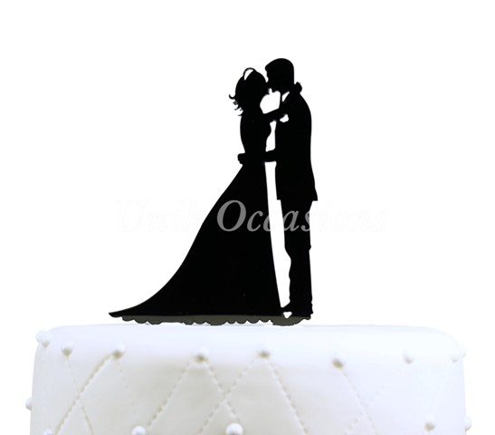 Unik Occasions Kissing Couple Silhouette Acrylic Cake Topper