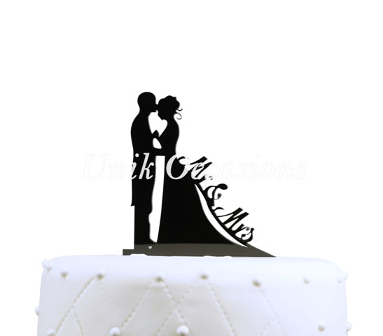 Unik Occasions Bride & Groom Silhouette Mr & Mrs Cake Topper