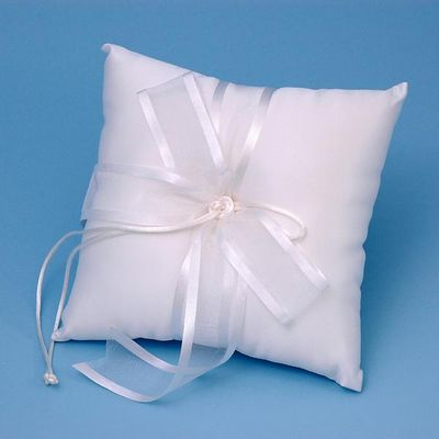 Ivy Lane Design A01115RP/WHT Simplicity Ring Pillow - White
