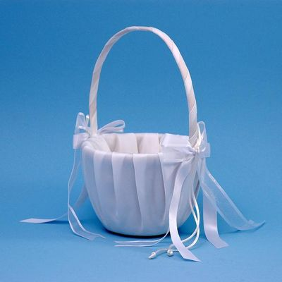 Ivy Lane Design A01115FB/WHT Simplicity Flower Girl Basket - White