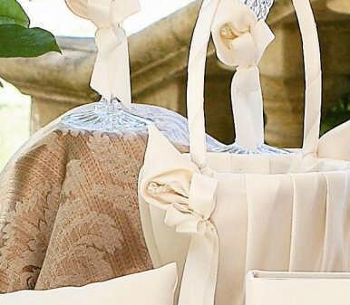Ivy Lane Design A01075FB/IVO Calla Lily Flower Girl Basket - Ivory