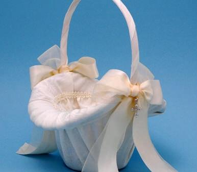 Ivy Lane Design 4UIT Grace Flower Girl Basket - Ivory