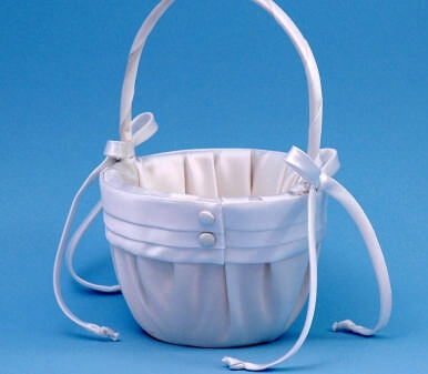 Ivy Lane Design 59V Audrey Flower Girl Basket - White