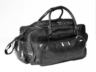 Embassy 23 Black Genuine Leather Travel Bag LUL232