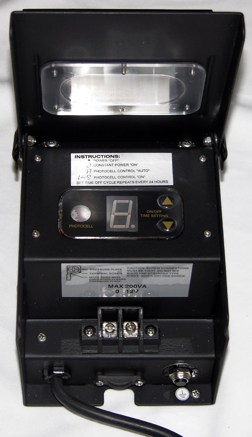 Alpine Corp PL106T 200 Watt Transformer with Timer and Photo Cell
