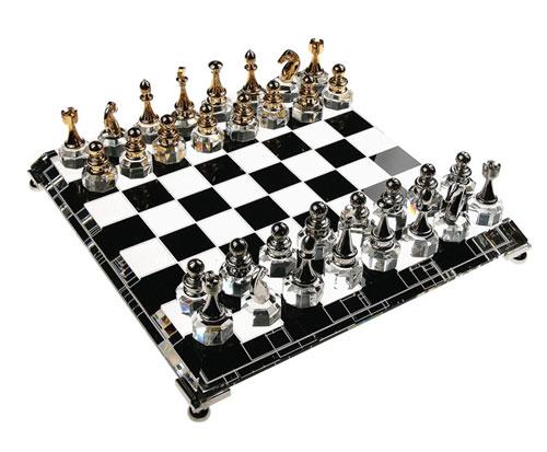 Bluestone Designs G255 Crystal Chess Set