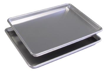 BroilKing D9303 Set of 2 Commercial Half Size Sheet Pans
