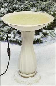 API 20 Inch  Heated Birdbath On Pedestal