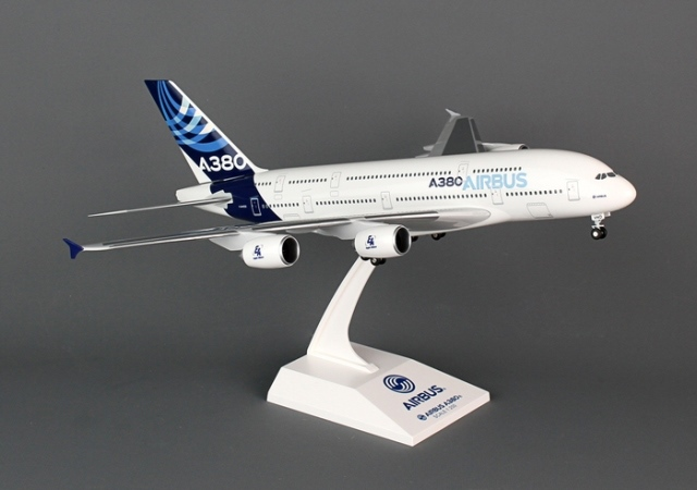 Daron Worldwide Trading SKR380 Skymarks Airbus A380-800 H-C New Colors 1-200 with Gear