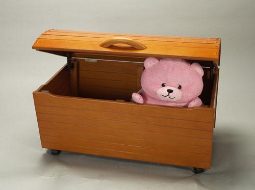 Giftmark 1430H Treasure Chest Toy Box Honey