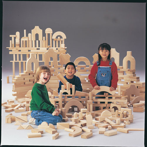 Jonti-Craft 0262JC UNIT BLOCKS - JUNIOR SET; 220 Pieces  21 Shapes