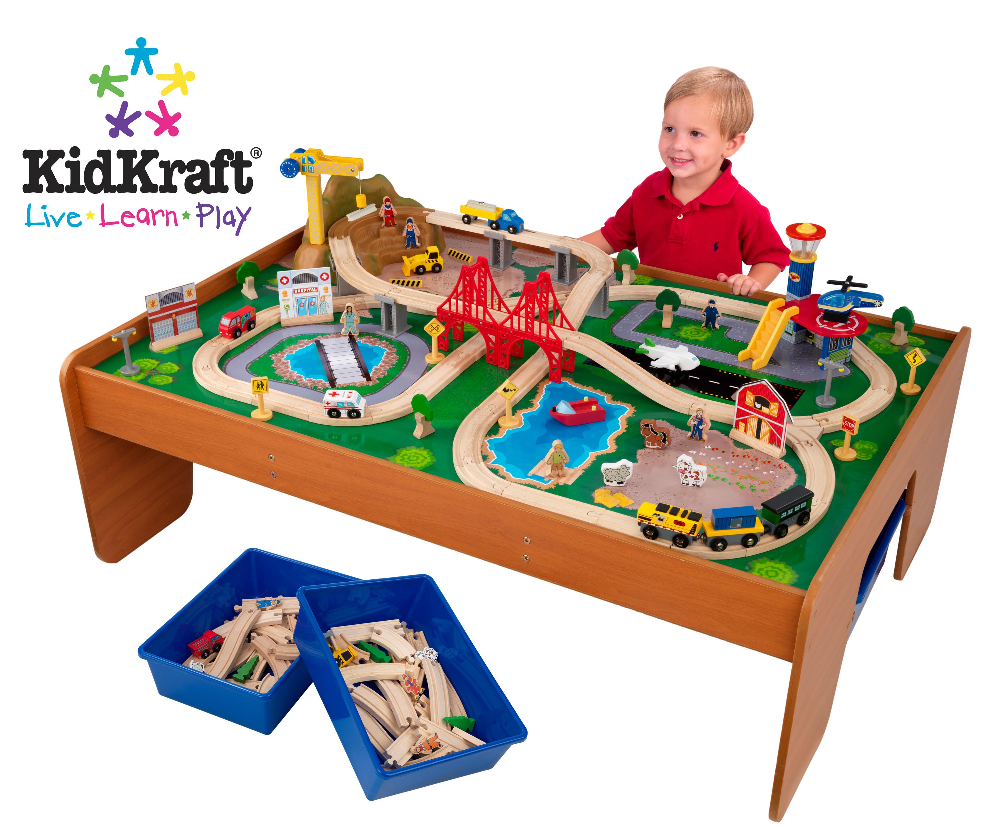 KidKraft 17836 Ride Around Town train set w/table