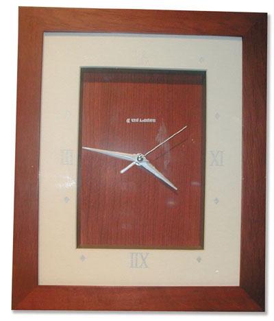 Ruda Overseas 184 14 Inch Wall Clock