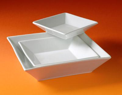 Pillivuyt 174021BL Quartet Salad Bowl - 8.5 Inch  1.75 qt.