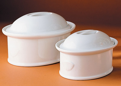 Pillivuyt 430390BX Oval Casserole With Lid  Medium - 7.75 x 5.5 Inch  1 qt.