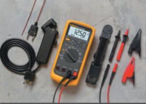 Fluke FLU88-5/AKIT 88 Series V Automotive Multimeter