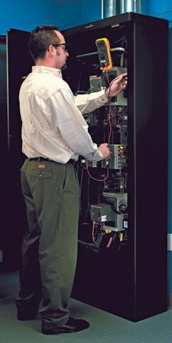 AMERICAN POWER CONVERSION warranty WUPG4HR-AX-00