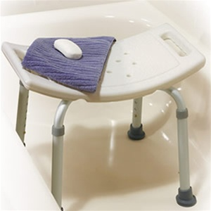 Drive Medical 12203KDR-1 Deluxe Aluminum Bath Bench without Back- White