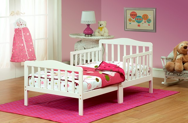 Orbelle Trading 401W Solid Wood White Toddler Bed