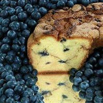 My Grandma BBLGC Large- 10 in.- 3.1 lbs New England Blueberry Coffee Cake