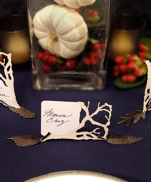 Wedding Star 9135 Metal Leaf Shaped Card Holders with Autumn Bronze Finish