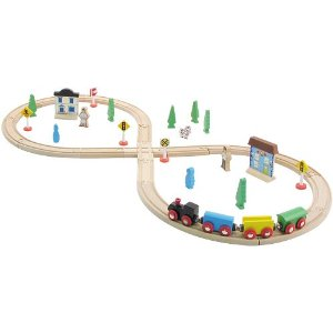 CHH 964008 35 Pieces Wooden Train Set with Plastic StorageTub
