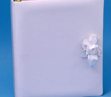 Ivy Lane Design 41E Amour Memory Book Embossed in White