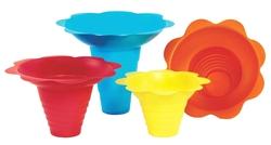 Paragon - Manufactured Fun 6503 Medium Flower Drip Tray Cups - Multicolor